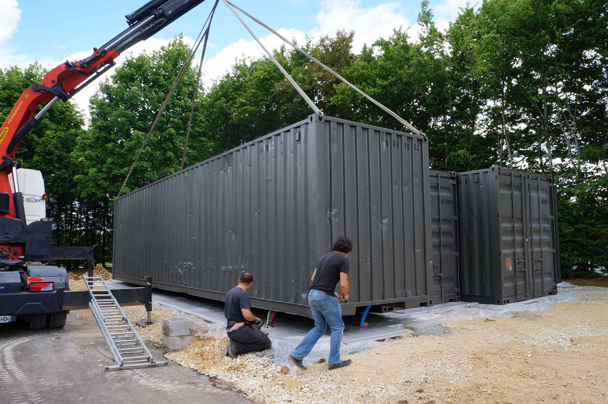 Transport et manutention de containers maritimes goliat for Prix d un container maritime