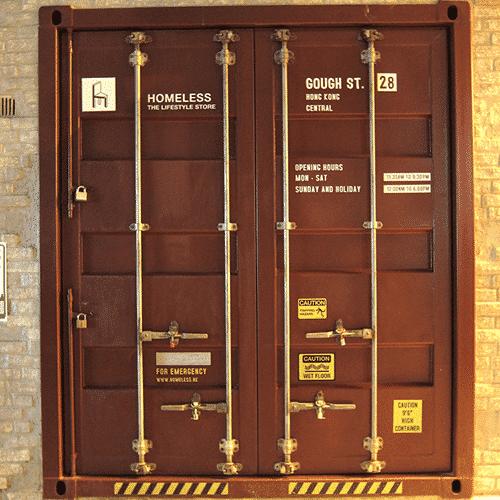 Bureau aménagé en containers