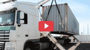 dechargement d'un container 40 pieds en side loader
