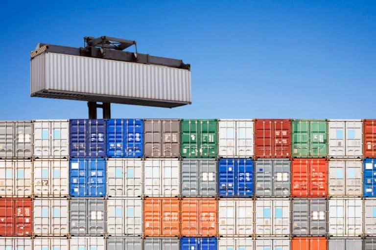Fabrication de conteneurs maritimes