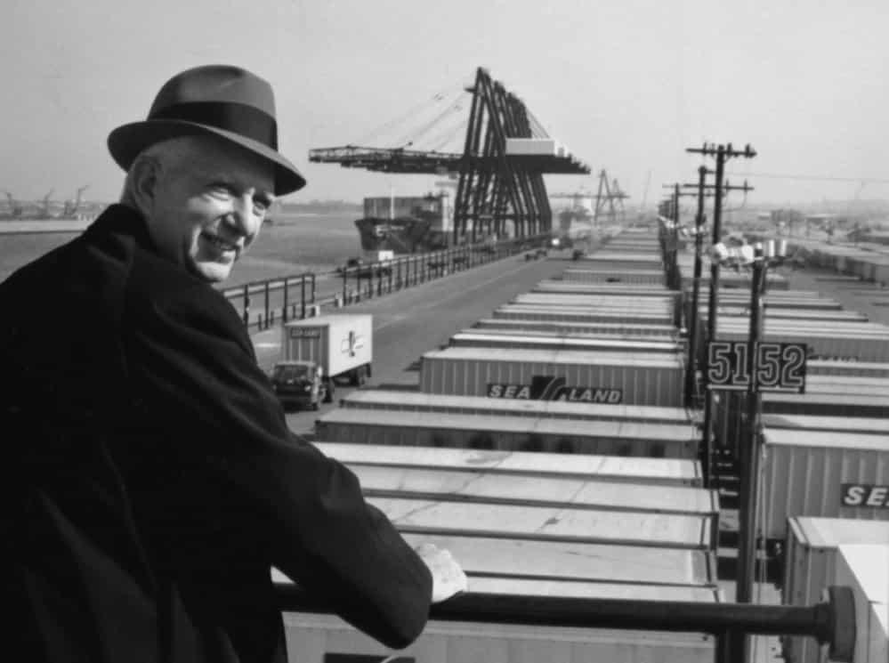 Histoire du conteneur maritime Malcolm Mclean